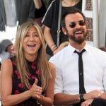 제니퍼 애니스톤 (Jennifer Aniston)과 저스틴 테루 (Justin Theroux)는 브래드 피트 (Brad Pitt)의 결혼 생활에 대해 모두 잘 알고 있지만 강해지고 있다고합니다.