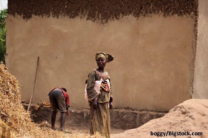 Geleneksel Afrikalı kadın